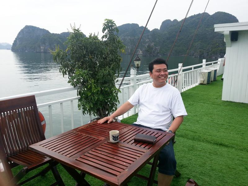 Marto, relaxing on a sun shiny day at Ha Long Bay