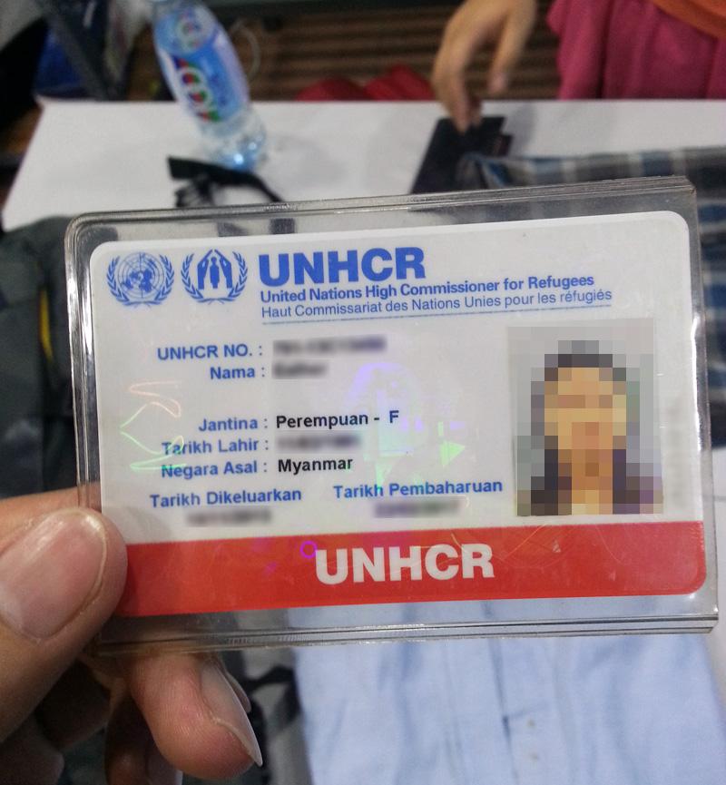 Kartu Identitas dari UNHCR untuk Ruth